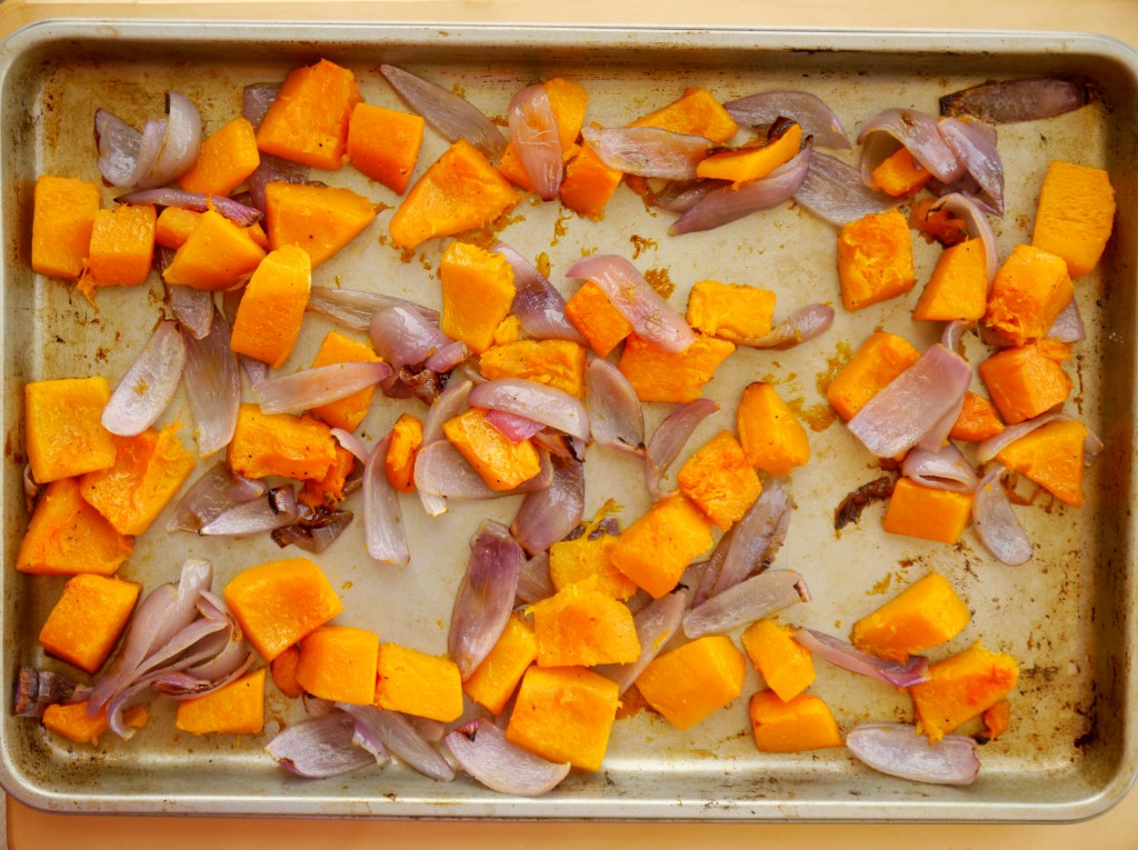 Roasted Butternut Squash with Tahini, Toasted Pine Nuts, and Za'atar 2 | www.mybaconwrappedlife.com