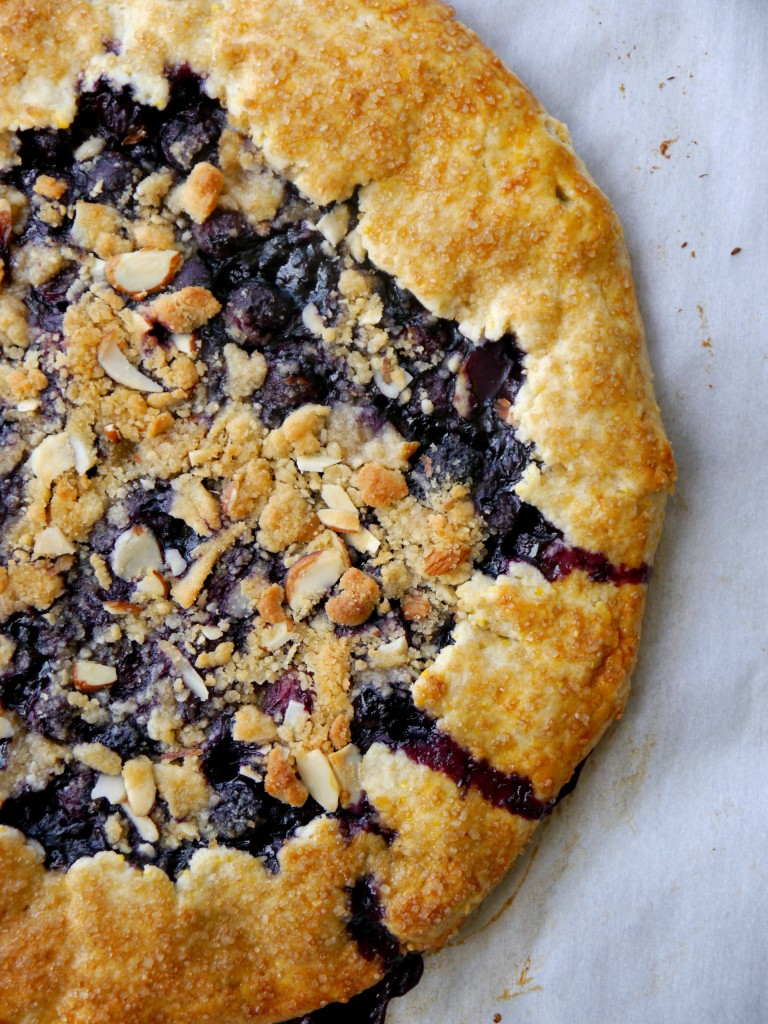 Almond Streusel-Topped Blueberry Galette   www.mybaconwrappedlife.com