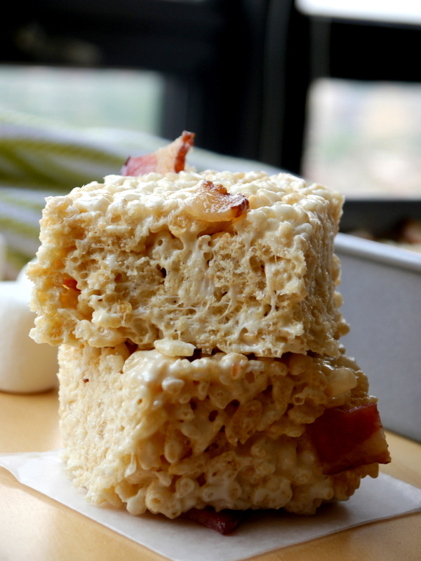 browned butter bacon rice krispies treats // my bacon-wrapped life