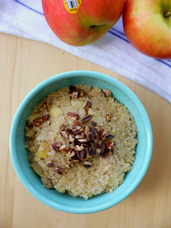 baked apple cinnamon breakfast quinoa // my bacon-wrapped life