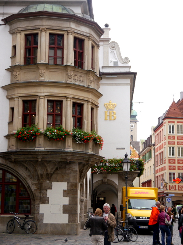 restaurant reviews - munich, germany // my bacon-wrapped life