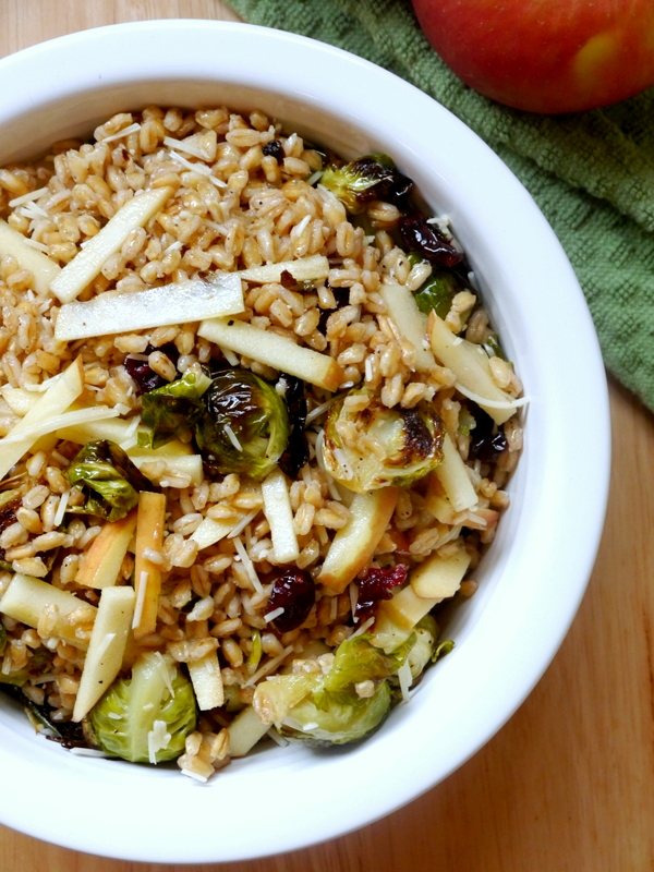 apple cider farro with brussels sprouts and dried cranberries // my bacon-wrapped life