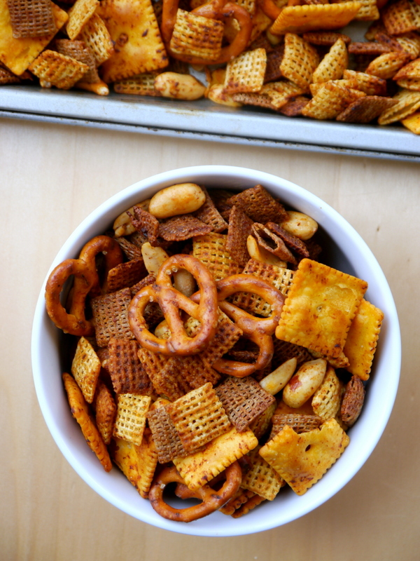 spicy sriracha chex mix // my bacon-wrapped life