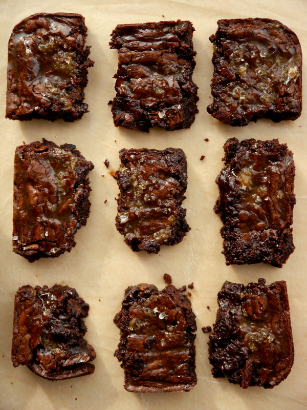 salted caramel brownies // my bacon-wrapped life