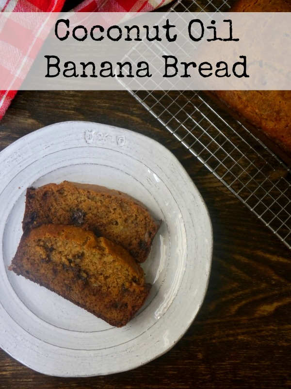 coconut oil banana bread // my bacon-wrapped life