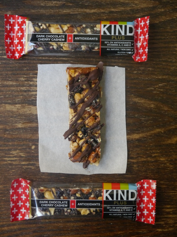 copycat dark chocolate cashew kind bars // my bacon-wrapped life