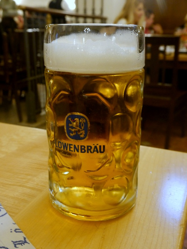 the best self-guided beer tour of munich // my bacon-wrapped life