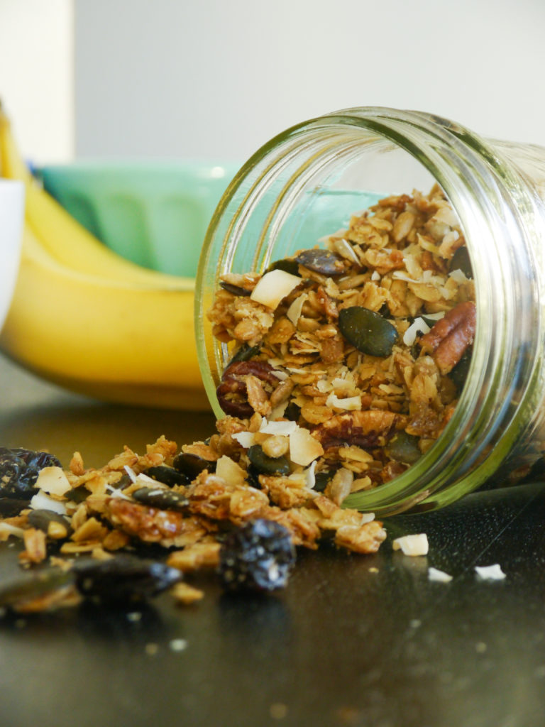olive oil granola // my bacon-wrapped life